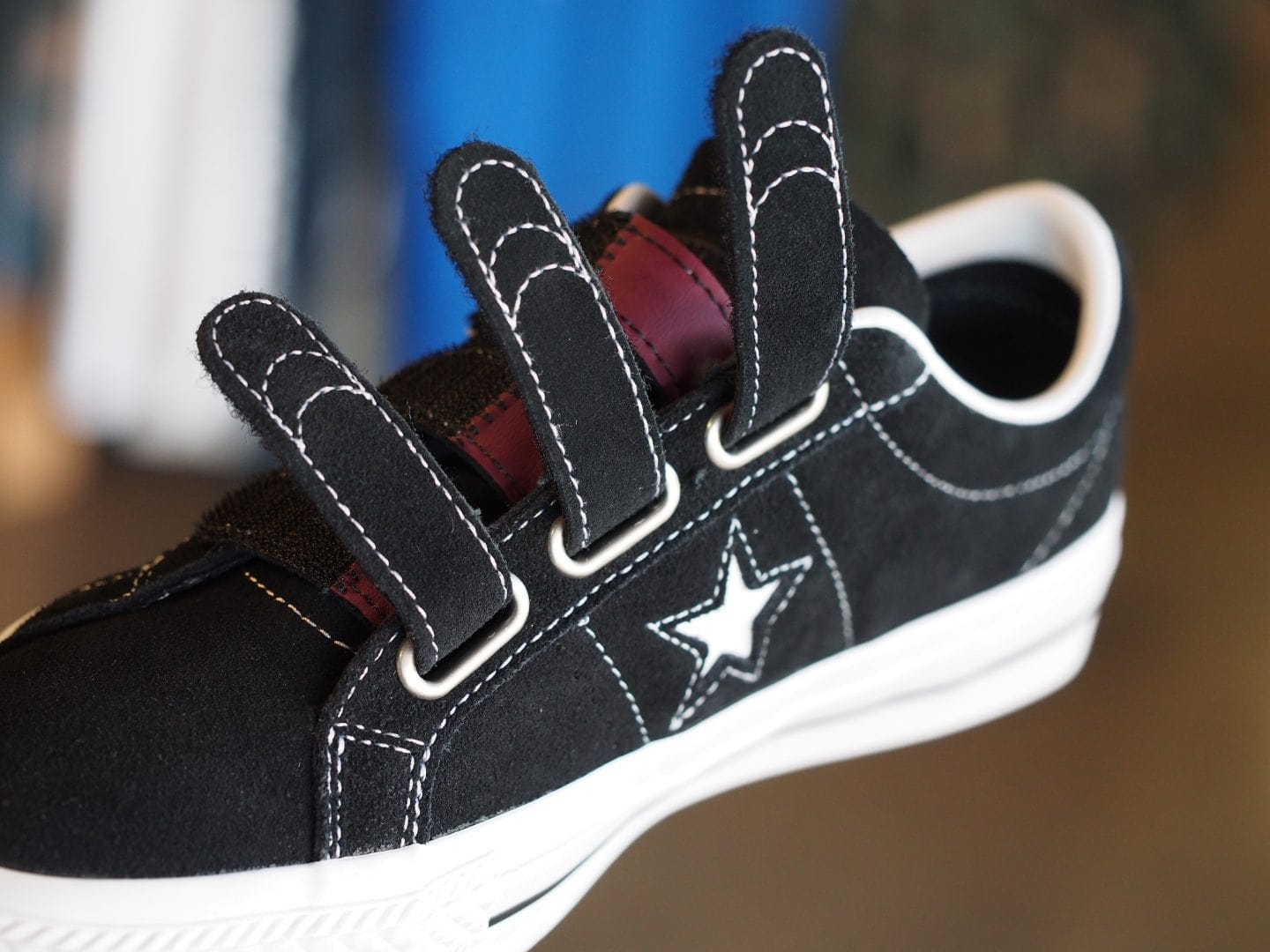 Hit 'em with the straps Converse One Star Pro 3 Velcro